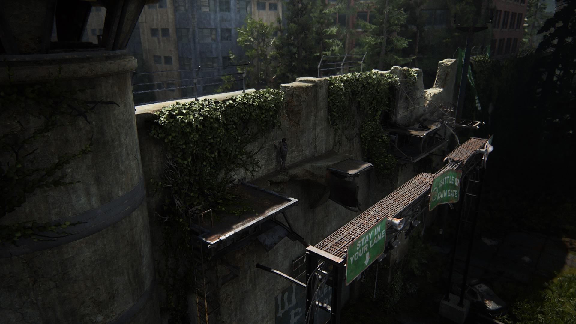 Um über Die Mauer Zu Klettern, Muss Ellie über Das Schildergerüst Jonglieren.