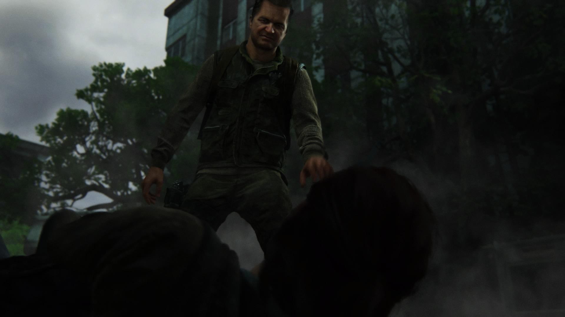 Und Bereits Zum Zweiten Mal Wird Ellie Von Einem WLF-Paramilitär Bewusstlos Geschlagen.