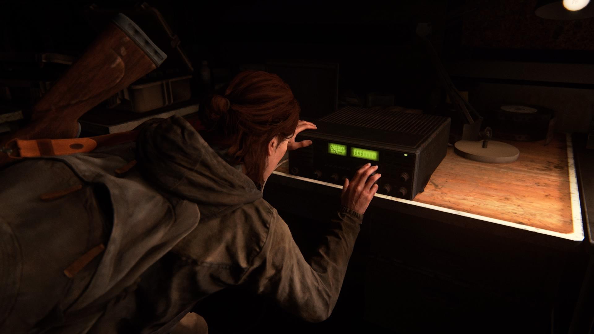 Nachdem Ellie Den Generator Angeworfen Hat, Bekommt Sowohl Das Funkgerät Energie ...
