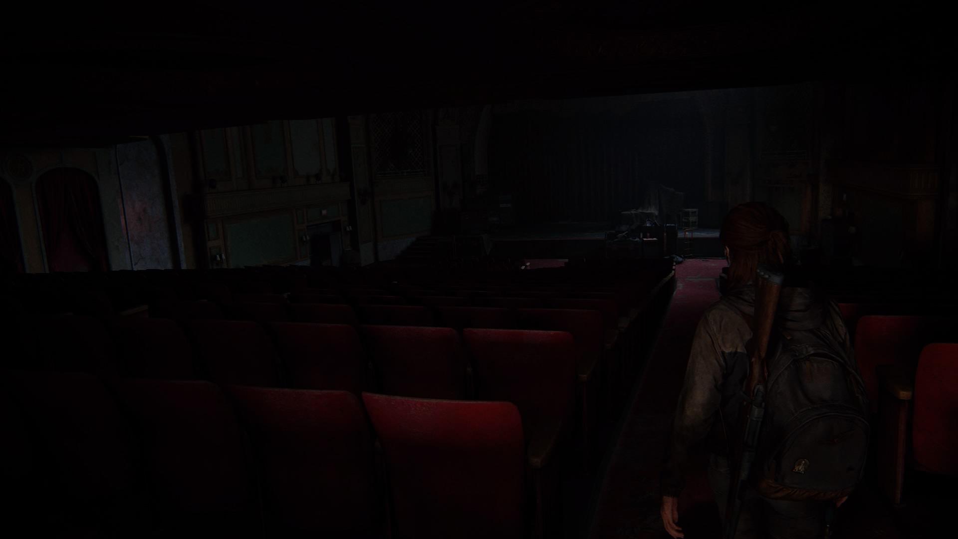 Ellie Betritt Das Große Stille Theater ...